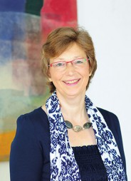 Angelika Kriegisch Dipl. Sozialpädagogin (FH) KJ Psychotherapeutin